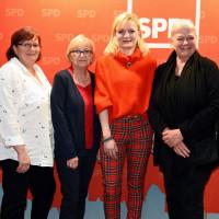Bild von links nach rechts: Kerstin Lang, Therese Wittmann, Marietta Eder und Petra Volkwein